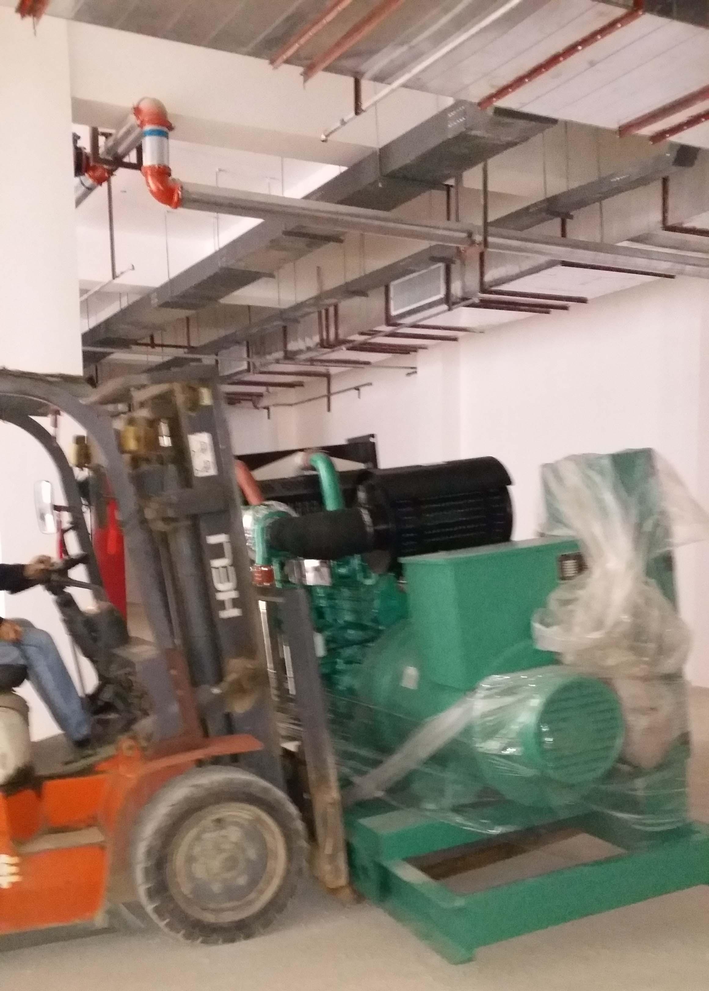 业公司发电机安装过程